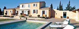 Casas de vacaciones con piscina en francia for Casas con piscina privada para vacaciones